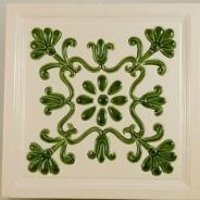 Decor ceramica pictat manual, alb-verde, model 3
