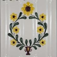 Decor ceramica pictat manual, alb-verde-galben, model 5